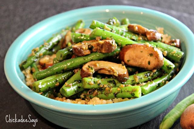 Meatless Monday: Garlic-Basil Green Beans over Mushrooms ...